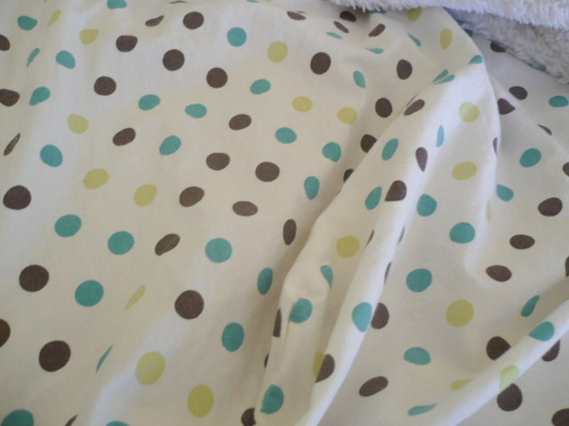 Polka dot summer sheets.